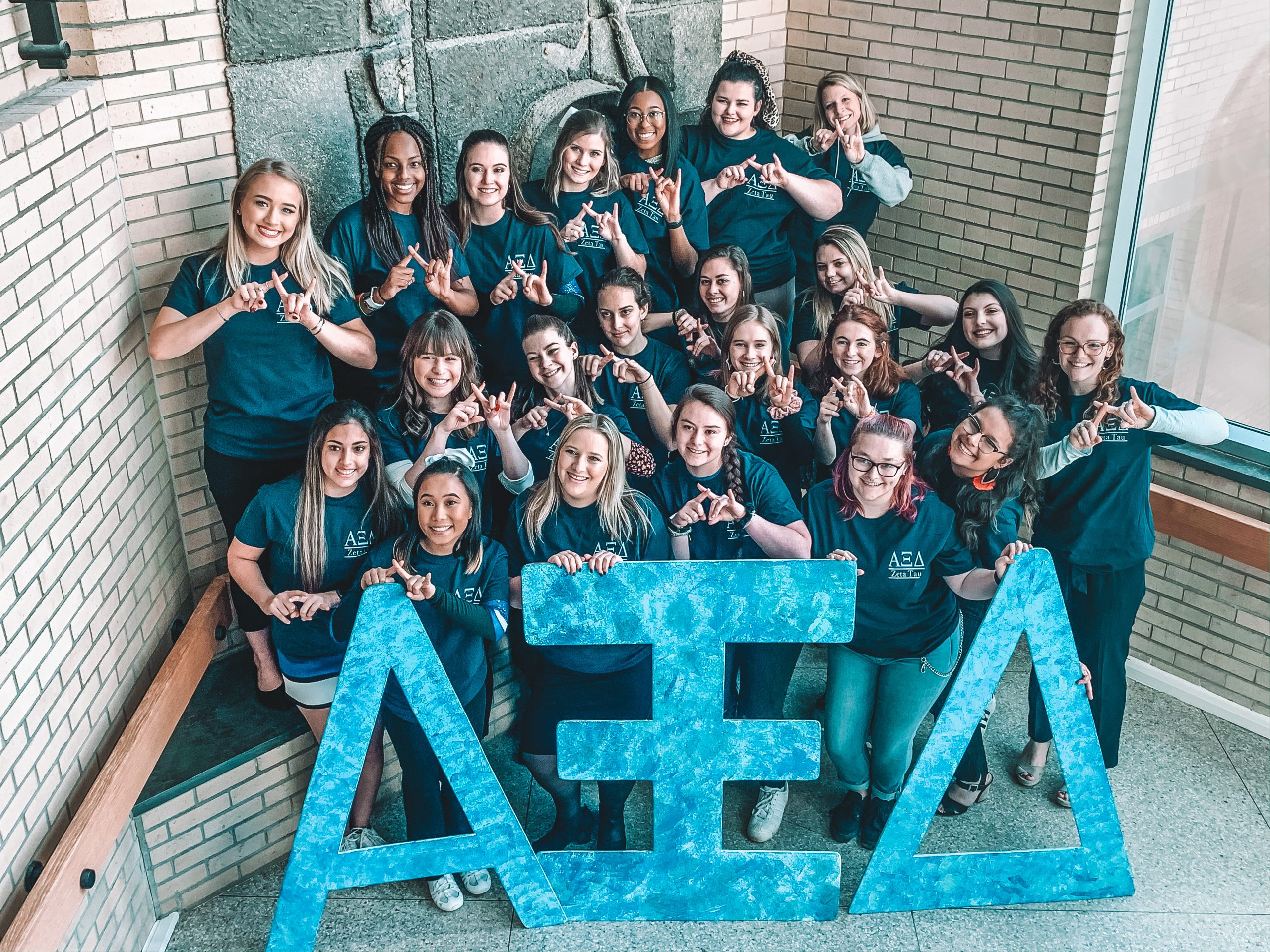 Women of Alpha Xi Delta Sorority
